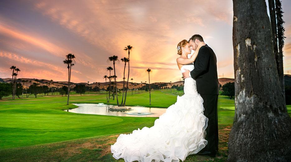 b1fd99557e1 A Wedding Photographer - Destination Wedding and Engagement Photos -  Disneyland Photos
